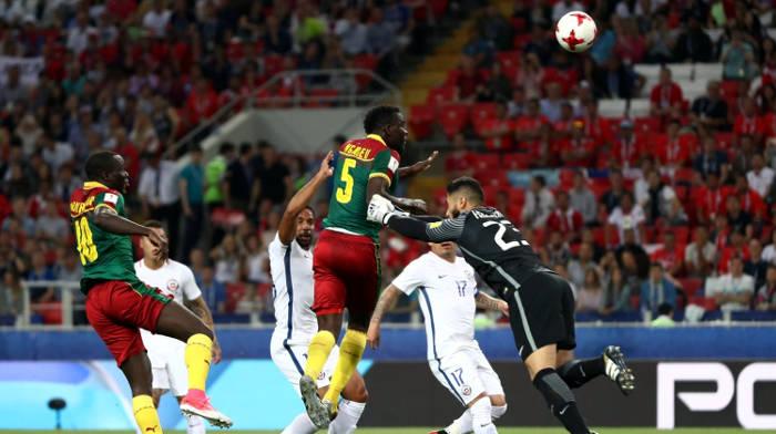 Сборные Чили и Камеруна